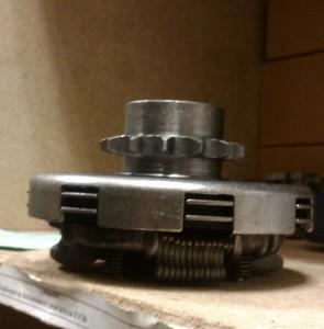 Корзина сцепления редуктора двигателя Honda GX160/200 в сборе
