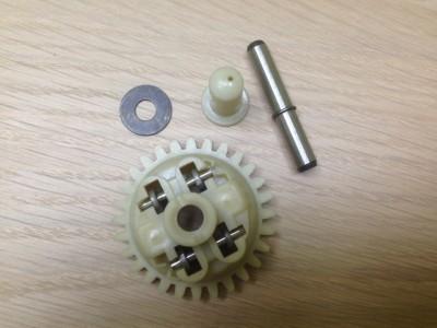 Комплект пластмассовых рычагов карбюратора ( регулятор оборотов центробежный) 168F